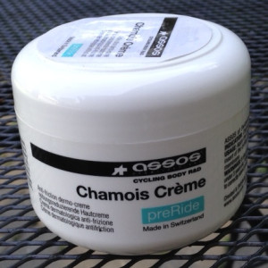 Assos_Chamois_Creme